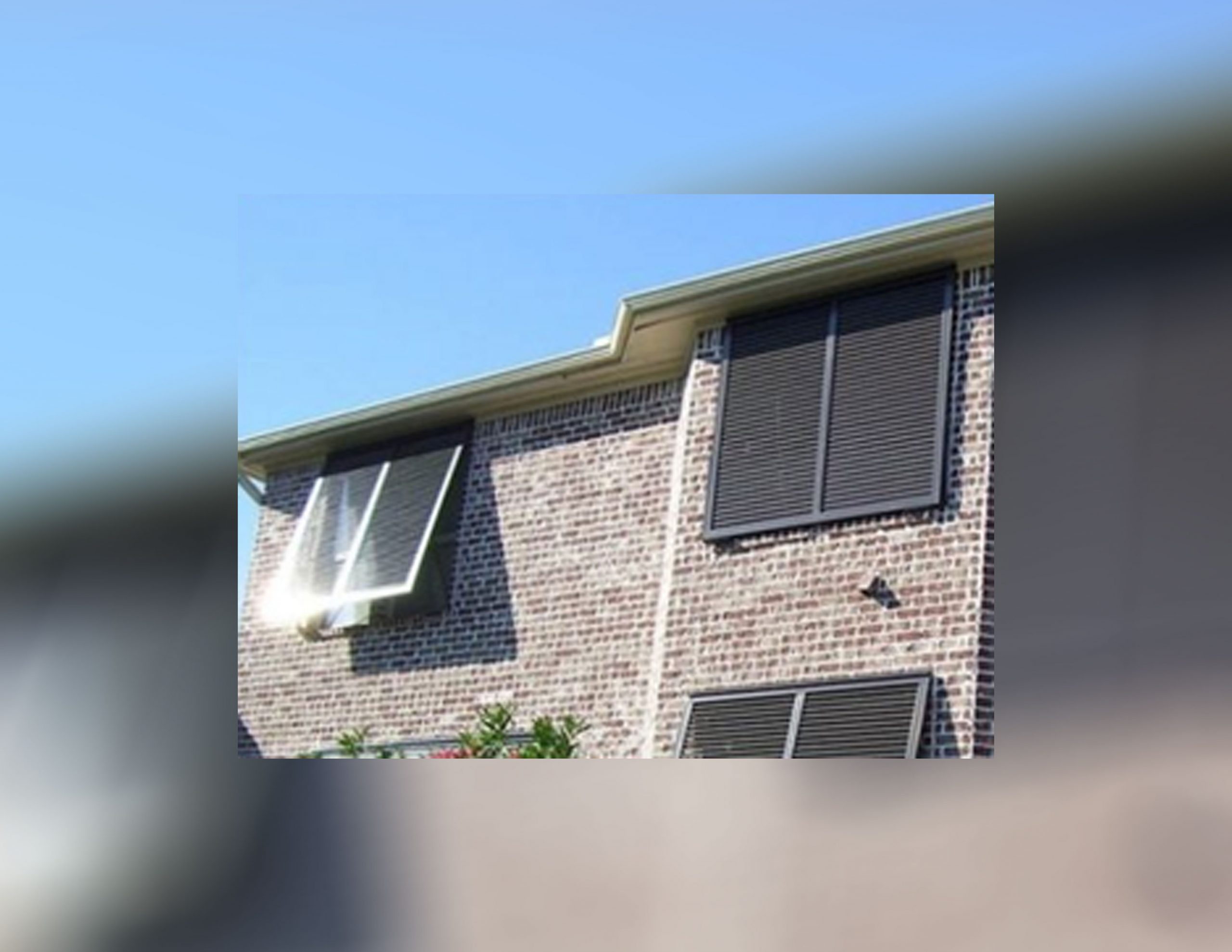 You are currently viewing What are the Features of Bahama Hurricane Shutters?