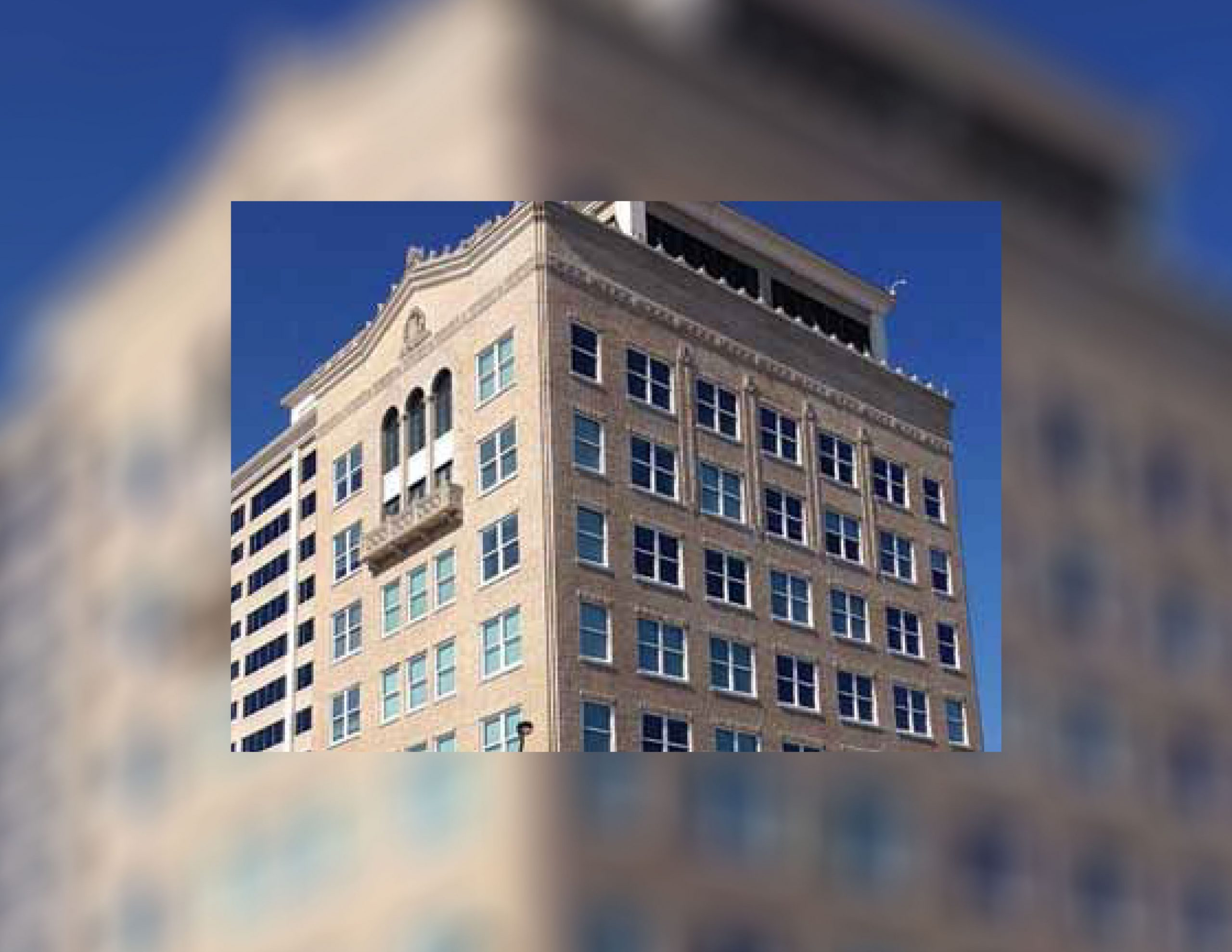You are currently viewing Commercial Building Window Replacement in Naples, Florida