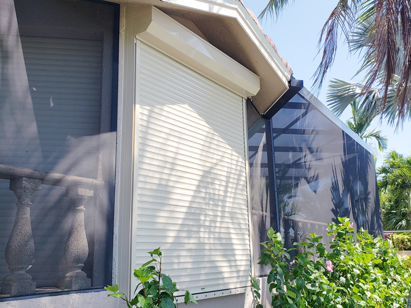 You are currently viewing Lehigh Acres Hurricane Shutters: Prepare Your Home Home for Hurricane